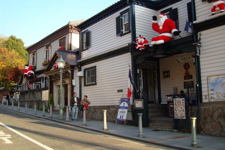 神戸、北野異人館のサンタクロース
