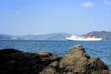 There are several paths down to the sea, and in the warmer weather, you can swim and snorkel here. The ferries to Kyushu pass frequently.