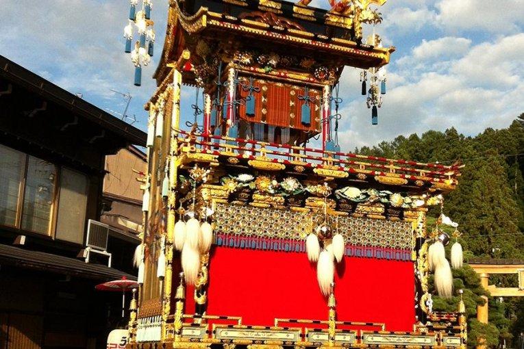 Lễ hội mùa thu tuyệt đẹp ở Takayama