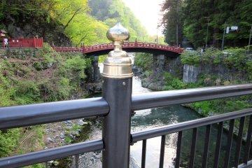 Фрагмент украшения моста