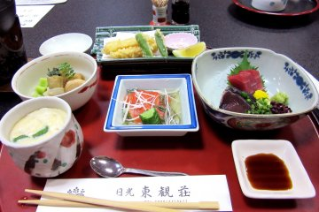 Ужин состоит из большого количества блюд