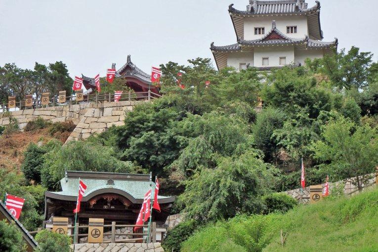 Hiroshima's Innoshima Suigun Castle
