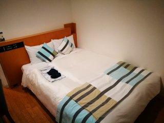 เตียงค่อนข้างใหญ่ สำหรับนอนคนเดียว