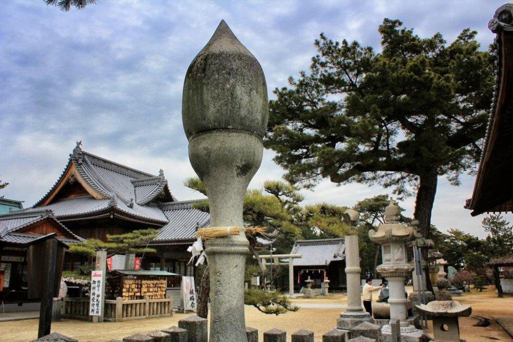 A general view of Tsunashiki Tenmangu Shrine, Imabari