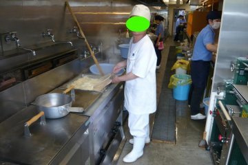 A look inside the udon preparation area, notice how clean it is?