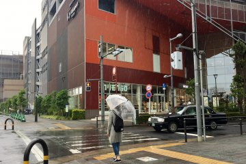 LaLaPort Toyosu on a rainy day