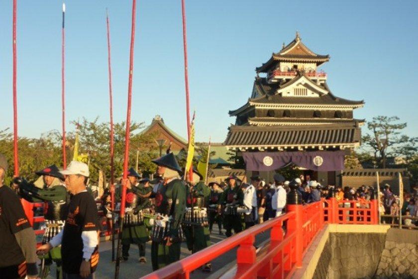 Samurai parade by Kiyosu Castle