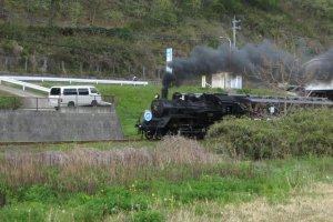 SL as seen from Motegi Michi no Eki