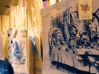 Bags of Alice