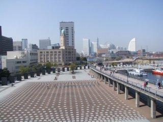 On the left-Zonohana Park; In the distance-Minato Mirai; On the right-the promenade