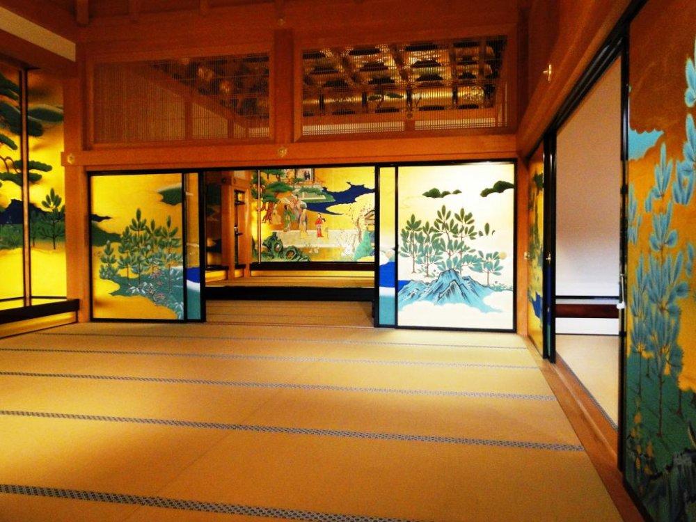 La salle de réception principale du palais Honmaru Goten