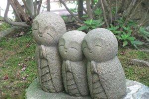 Дзизо - покровитель детей и путешественников
