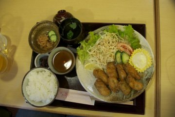 Fried oysters set meal ¥1600