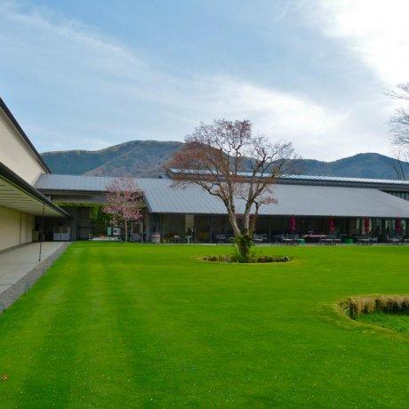 箱根 ラリック美術館