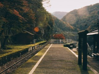 Waiting for the train at Kameoka