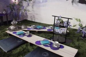Diorama piknik nuansa warna lavender
