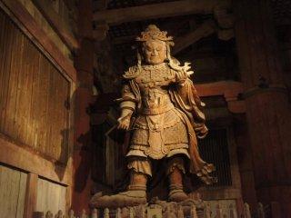 The guardians statue at Todaiji