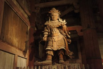 The guardians statue at Todaiji