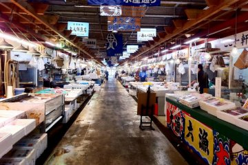 There are several aisles of fishmonger stalls at the Akita Citizen Market one of the largest north of Tsukiji