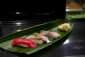 Sushi perut tuna, ikan makarel, dan ikan makarel kuda