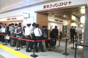 東京站排隊景點——東京拉麵街