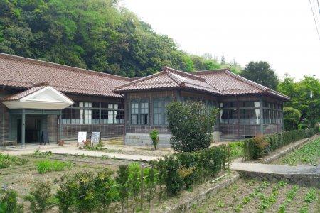 Former Hatagasako Hospital
