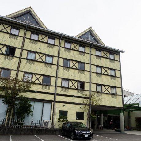 Khách sạn Nahari