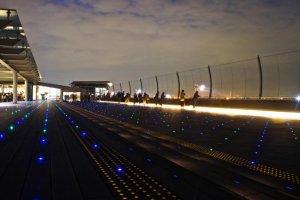 Illumination on the observation deck