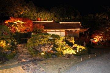 Okochi Sanso at night