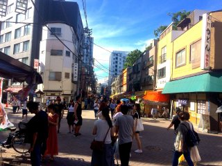 Hustle and bustle in Asakusa