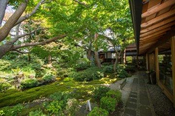 Garden of Senseki Restaurant