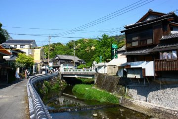 Arita is a picturesque small town surrounded by mountains and forest.