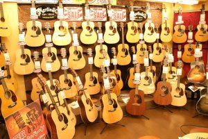 Inside Guitar Planet: wall to wall Martins.
