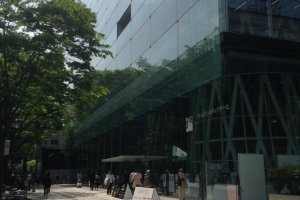 The Mediatheque is located right alnog Jozen-dori, a beautiful tree-lined boulevard.