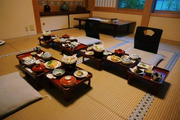 Завтрак в храме