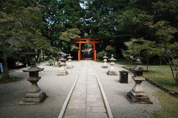Niutsuhime Shrine looking peaceful