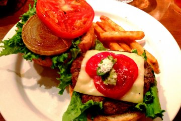 Tokyo's Best Burger is at Harajuku [Closed]