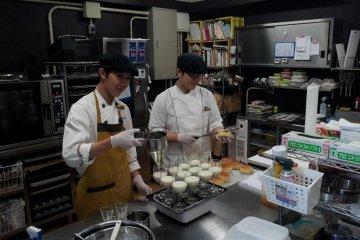 Patissier Omi-san at work