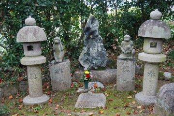 A monkey couple, evidence of Koshin worship