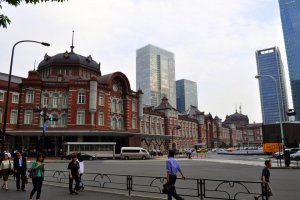 The newly finished exterior of the Marounuchi side of Tokyo Station