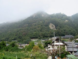 Вид Ямадэры со станции