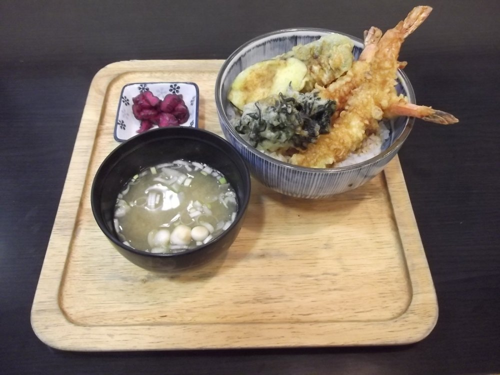My tendon (tempura rice bowl) lunch