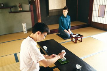 Tea ceremony at Konomi Honke Tea room