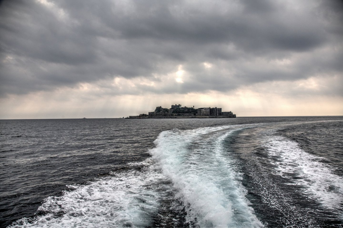 Gunkanjima Landing and Cruising Tour