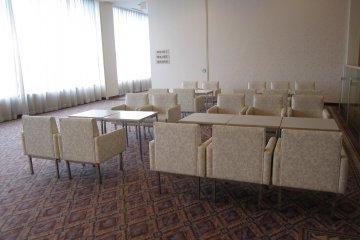Banquet waiting hall