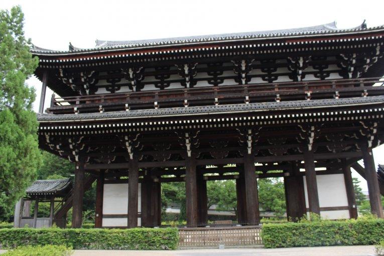 京都最大的寺庙-东福寺