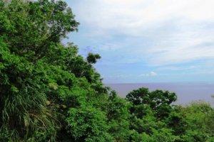 The Nanjo coast overlooks Kudaka, the island of the deities.