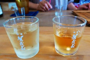 The color of the sake differs depending on how long it is fermented for
