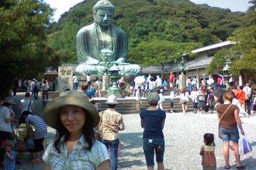 Lots of people visit Daibutsu. This is me enjoying the day