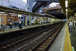 รถไฟเจอาร์ฮามามัทสึโชตะวันออก